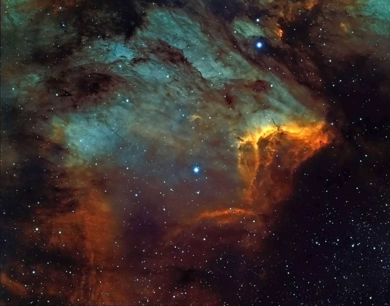 ic5070hubble4areprocess