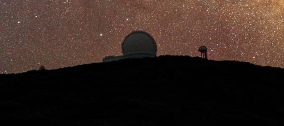 Milky Way over the William Herschel Telescope