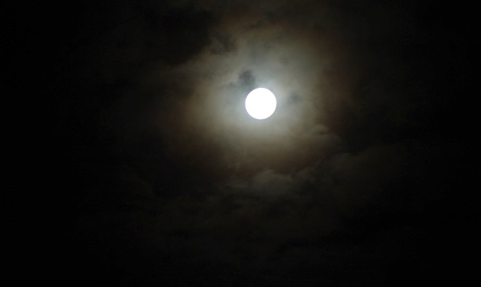 Cloudy-Moon-100120.jpg