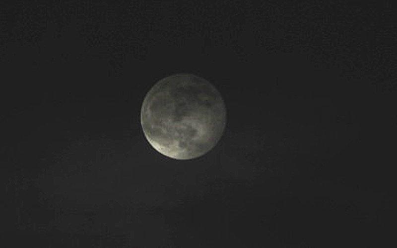 Moon100120.jpg
